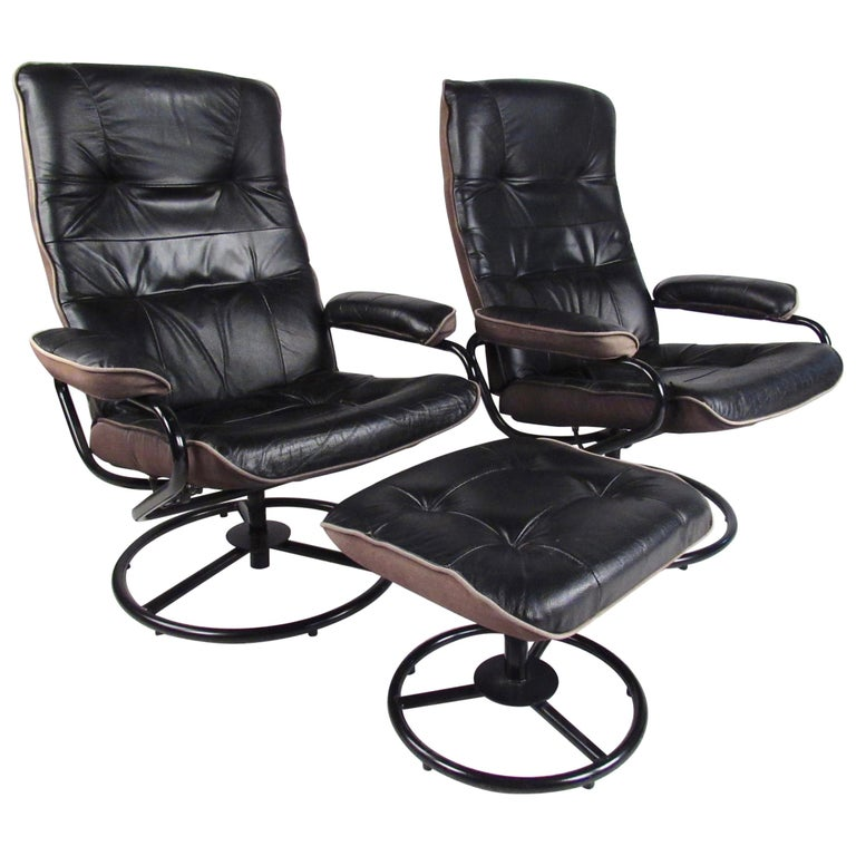Pair Of Scandinavian Modern Reclining Lounge Chairs With Ottoman For