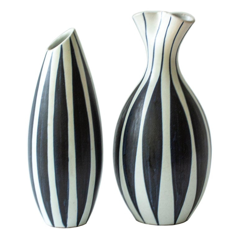 Pair of Scandinavian Modern Striped Vases by Mette Doller for Hoganas, 'Höganäs' For Sale