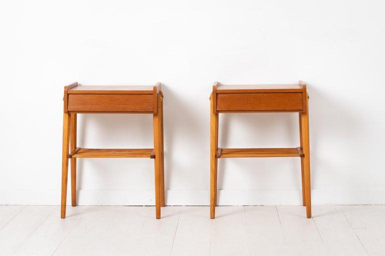 Pair of Scandinavian Modern Teak Nightstands In Good Condition For Sale In Kramfors, SE