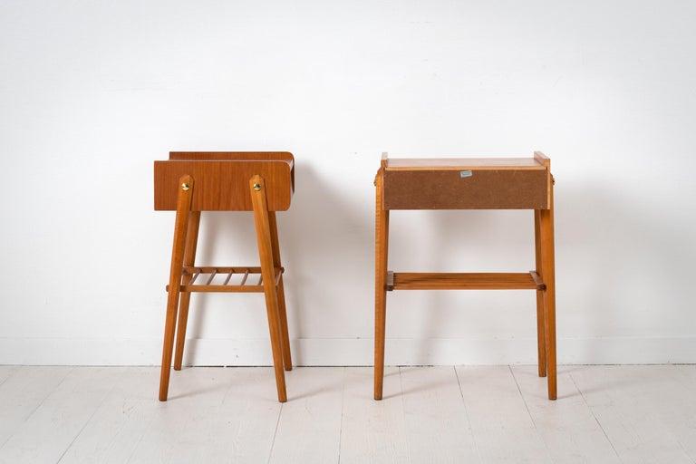 Pair of Scandinavian Modern Teak Nightstands For Sale 1