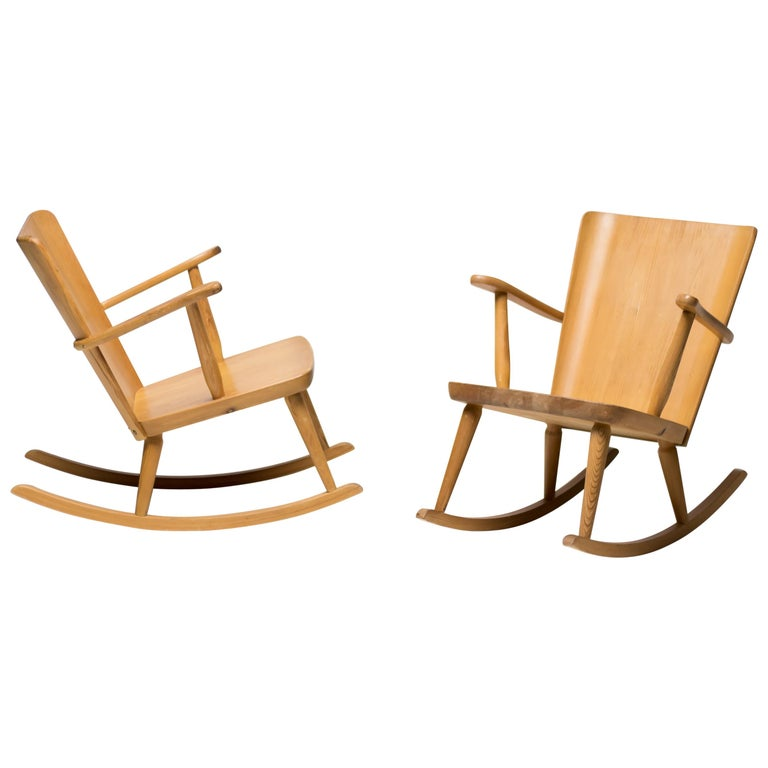 Pair of Scandinavian Pine Rocking Chairs For Sale