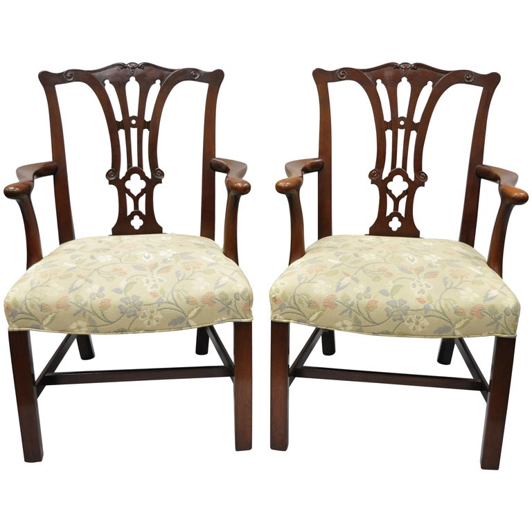 Chippendale Mahogany Dining Room Chairs: Pair Of Schmieg And Kotzian Mahogany Chippendale Style