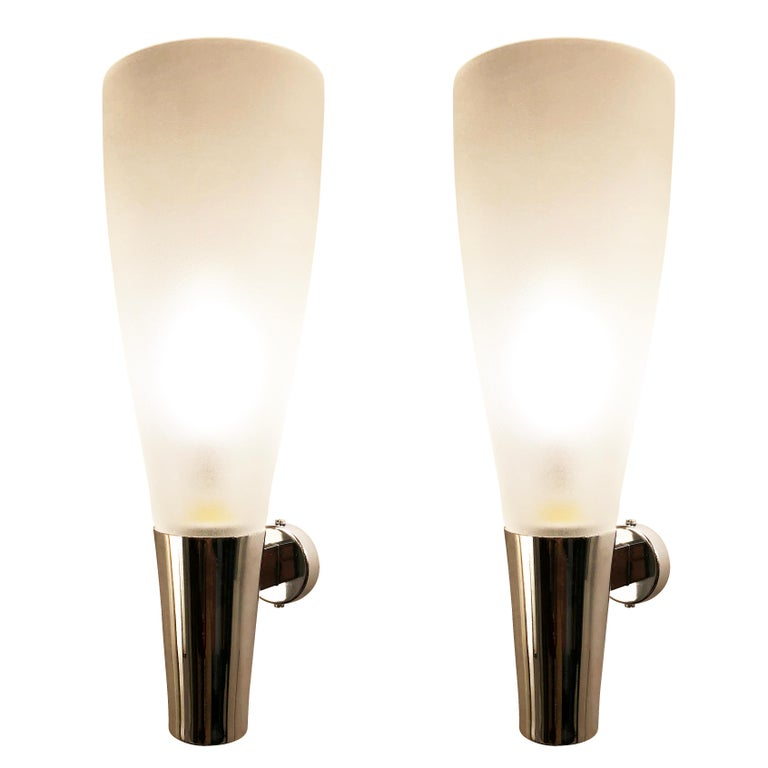 Mid-Century Modern Pair of Sconces by Pietro Chiesa for Fontana Arte For Sale