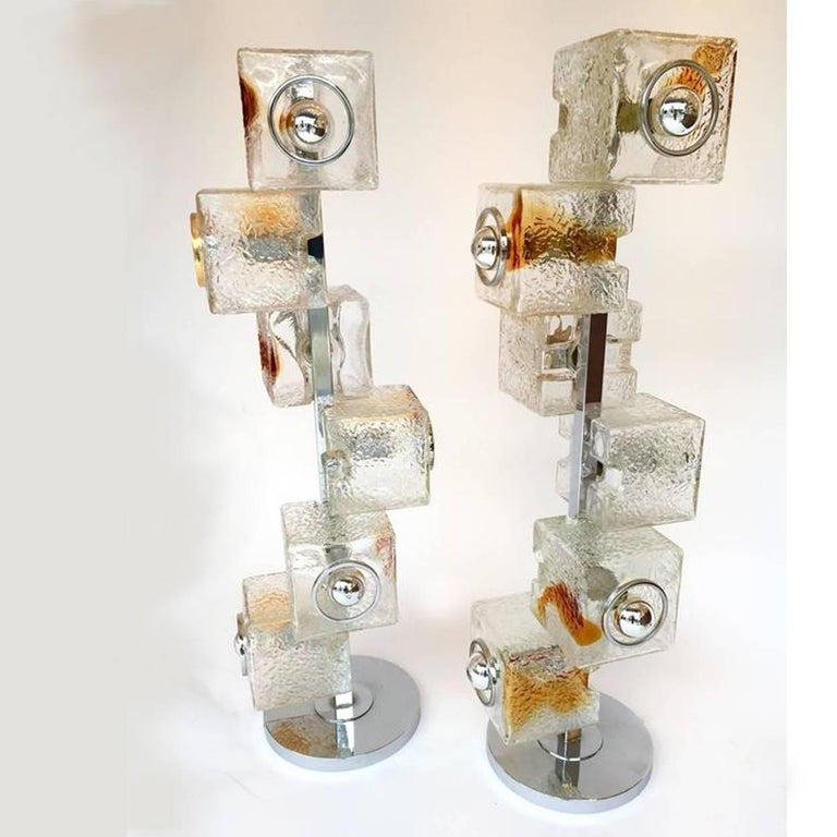 A pair of rare and stunning Mid-Century Modern Space Age floor lamps Murano glass by the designer Toni Zuccheri for VeArt. An Italian design from the 1970s. It is one of the famous manufacturer of Murano like Mazzega, Venini, Vistosi, Seguso or