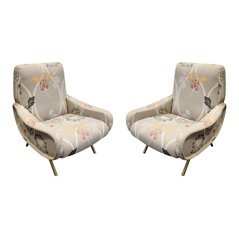 Pair of Sculptural Italian Lounge Chairs with Brass Legs, 1950s For Sale