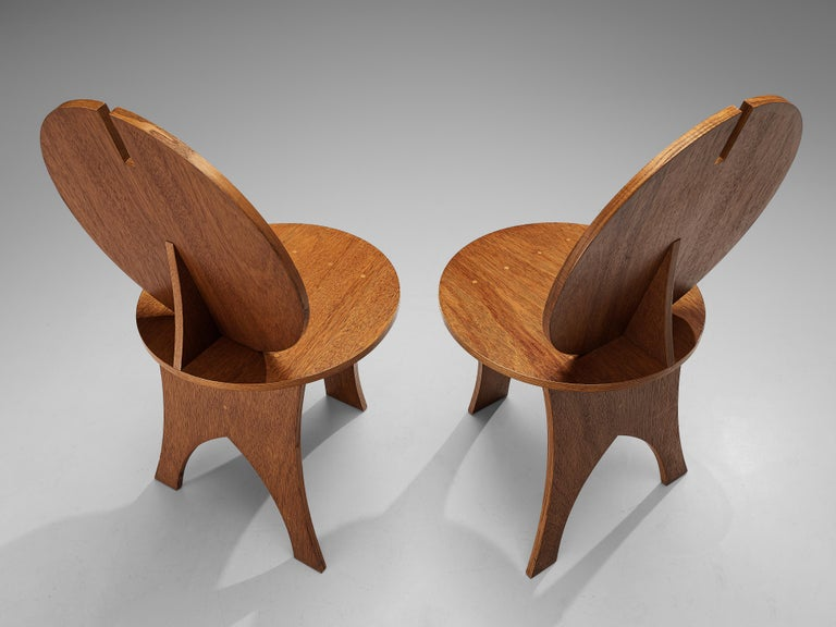 Pair of Sculptural Italian Side Chairs with Circular Backrest For Sale 4