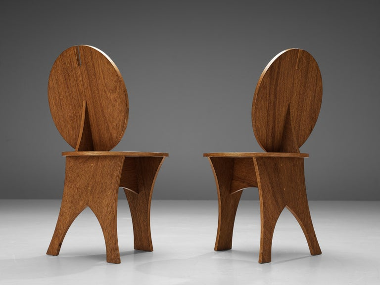 Pair of Sculptural Italian Side Chairs with Circular Backrest For Sale 2