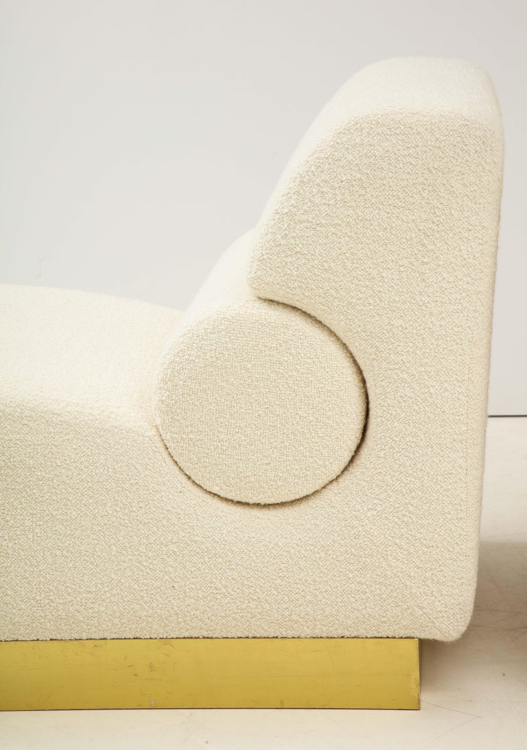 Hand-Crafted Pair of Sculptural Lounge Chairs in Ivory Boucle and Brass Base, Italy For Sale
