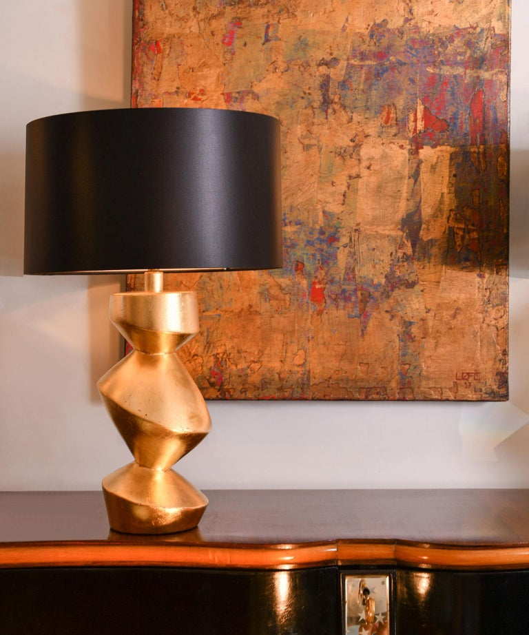 Contemporary Pair of Sculptural 'Savoy' Gold Gilt Table Lamps For Sale