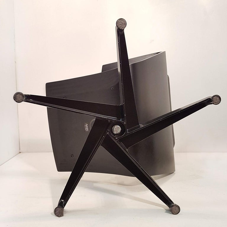 Pair of Sculptural Swiveling Chairs by Pennti Hakla for Avate, Finland, 2001 For Sale 5