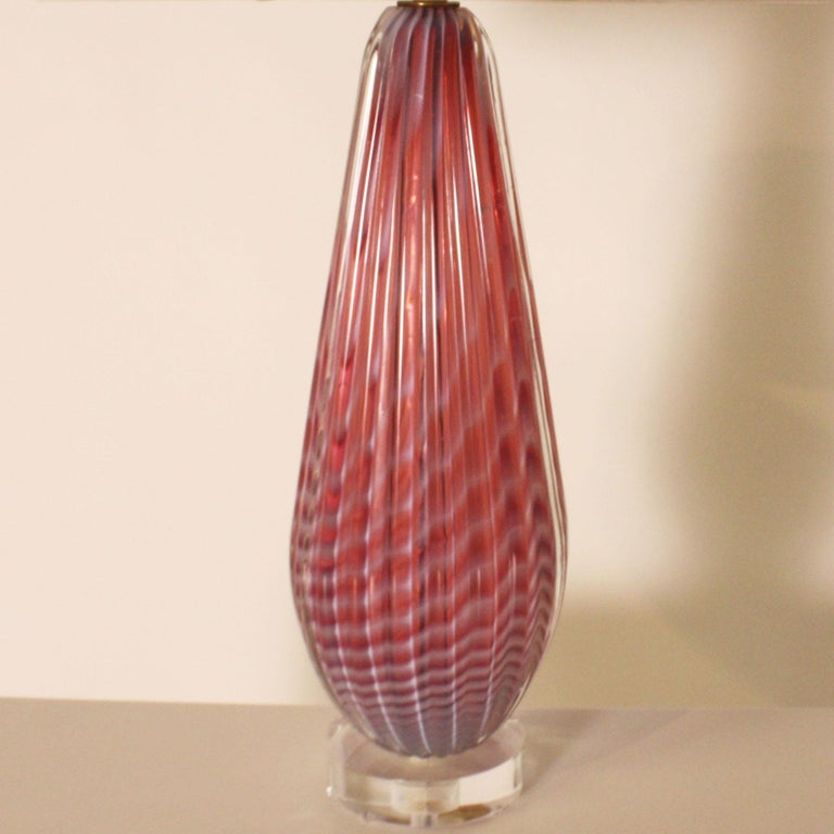 Mid-20th Century Pair of Seguso Pink Opalescent Murano Lamps, circa 1950 For Sale