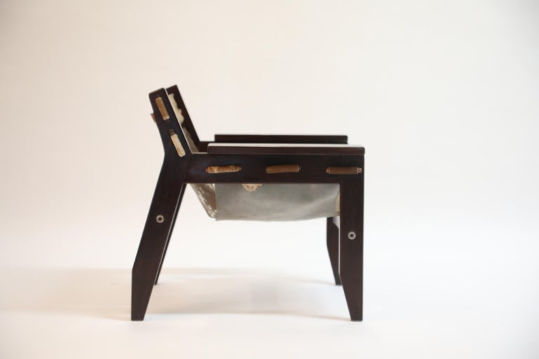 Pair of Sergio Rodrigues Kilin Chairs in Rosewood and Cowhide, OCA, Brazil 1970s For Sale 5