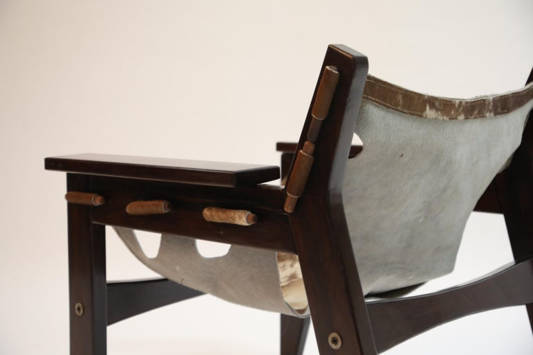 Pair of Sergio Rodrigues Kilin Chairs in Rosewood and Cowhide, OCA, Brazil 1970s For Sale 11