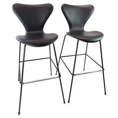 Pair of Seven Bar Stools, Model 3187/3197, by Arne Jacobsen and Fritz Hansen