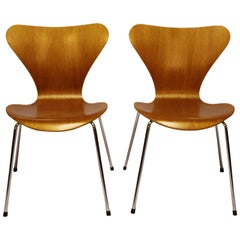 Pair of Seven Chairs, Model 3107, Teak by Arne Jacobsen and Fritz Hansen, 1996