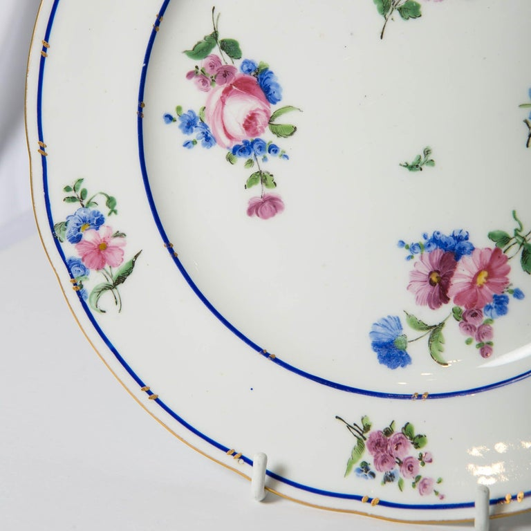 Pair of Sèvres Porcelain Dishes Painted with Delicate Flowers Made France For Sale 3