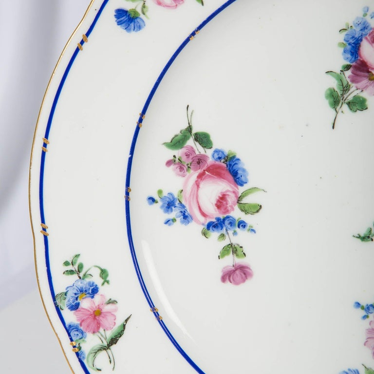 Pair of Sèvres Porcelain Dishes Painted with Delicate Flowers Made France For Sale 4