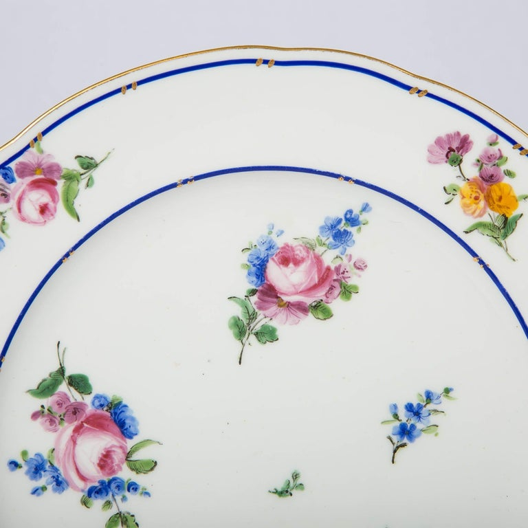 Pair of Sèvres Porcelain Dishes Painted with Delicate Flowers Made France For Sale 5