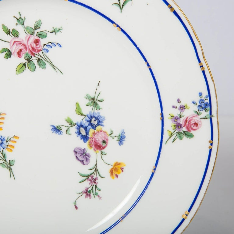 Pair of Sèvres Porcelain Dishes Painted with Delicate Flowers Made France In Excellent Condition For Sale In Katonah, NY
