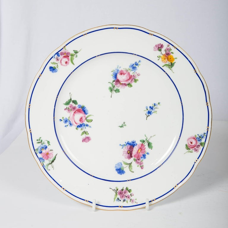 18th Century Pair of Sèvres Porcelain Dishes Painted with Delicate Flowers Made France For Sale