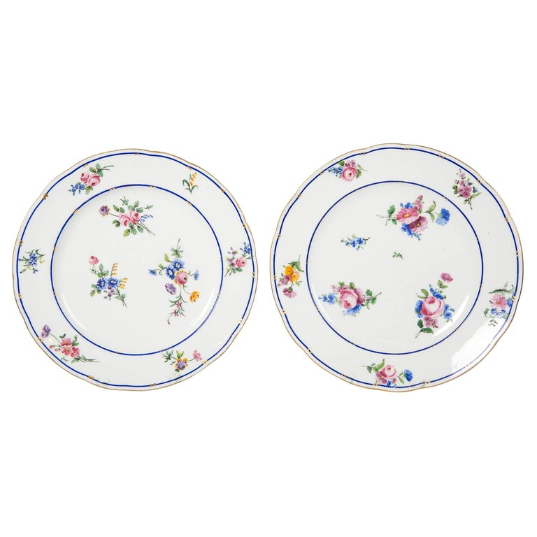 Pair of Sèvres Porcelain Dishes Painted with Delicate Flowers Made France For Sale