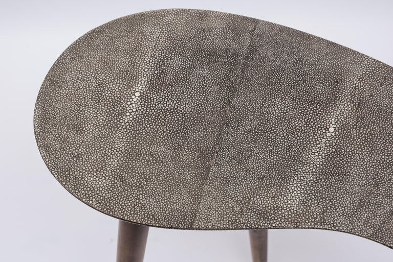 Pair of Shagreen and Goatskin Nesting or Side Tables In Fair Condition For Sale In Bois-Colombes, FR