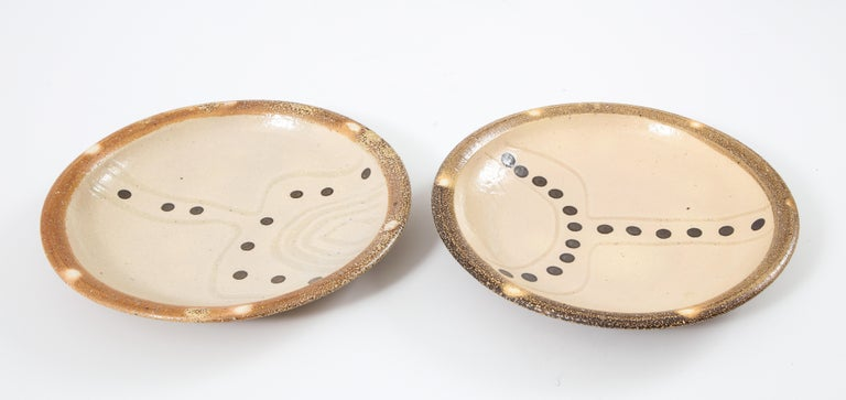 Pair of Shallow Stoneware Bowls with Abstract Pattern For Sale 5