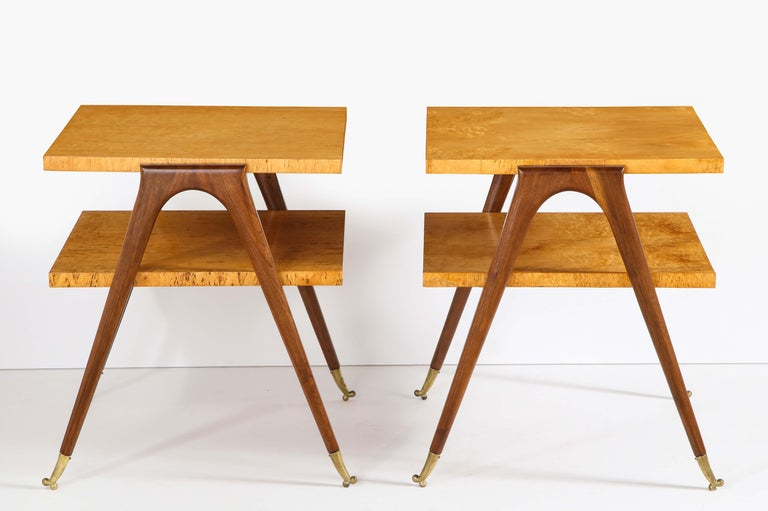 Mid-Century Modern Pair of Side Tables Attributed to Osvaldo Borsani For Sale