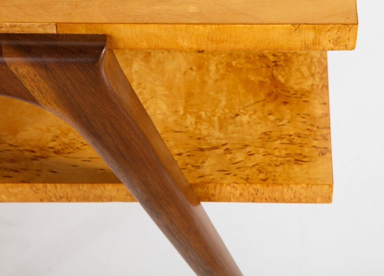 Pair of Side Tables Attributed to Osvaldo Borsani For Sale 2
