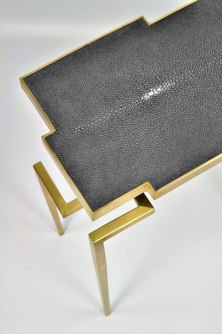 Pair of Side Tables PIXEL in Shagreen and Brass by Ginger Brown In New Condition For Sale In Bourguebus, FR