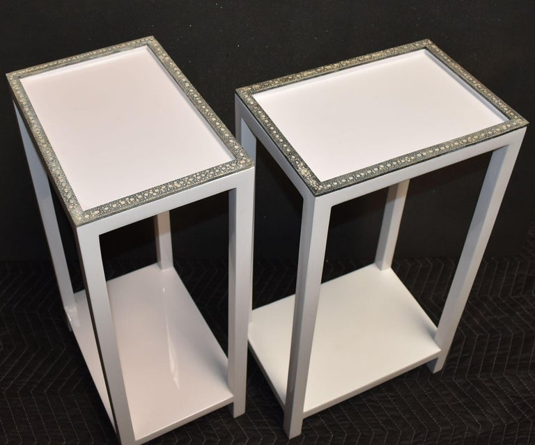 Pair of Side Tables with Shagreen Trim In Good Condition For Sale In Cathedral City, CA
