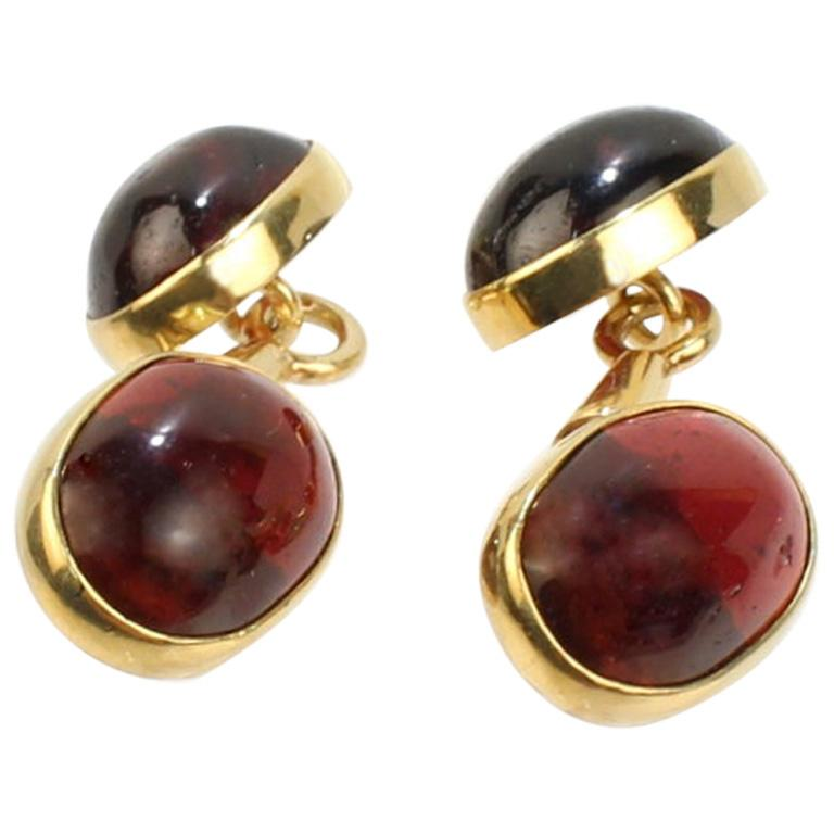 Pair of Austrian Art Deco 14 Karat Gold and Garnet Cabochon Cufflinks