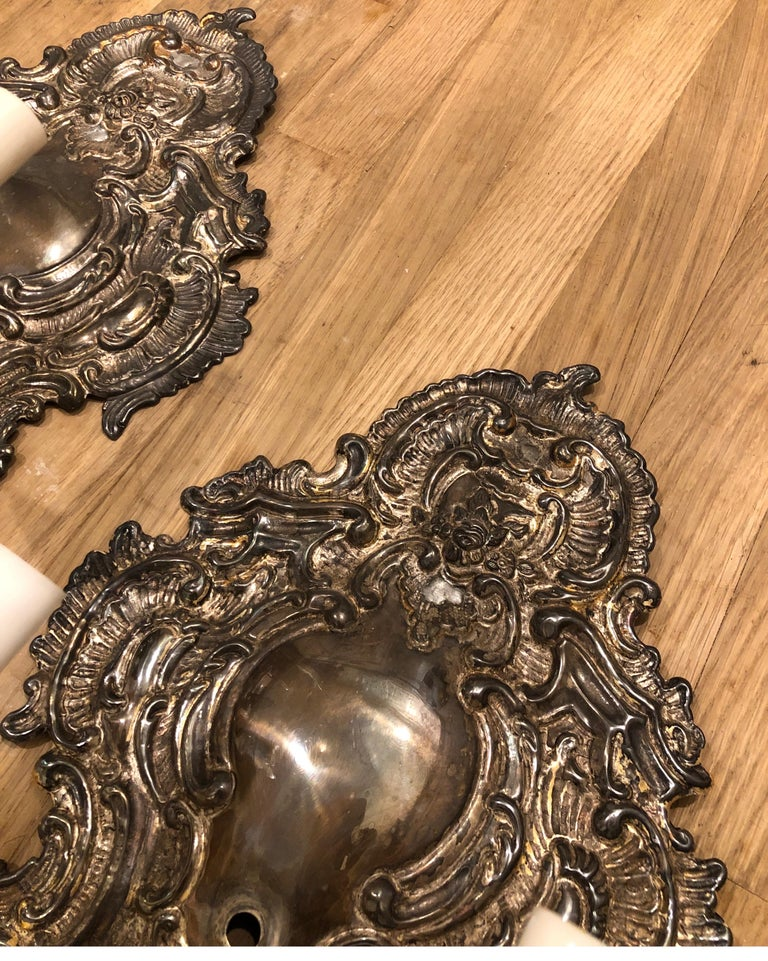 Contemporary Pair of Silver Paul Ferrante Wall Sconces, Double Arm George II Style For Sale