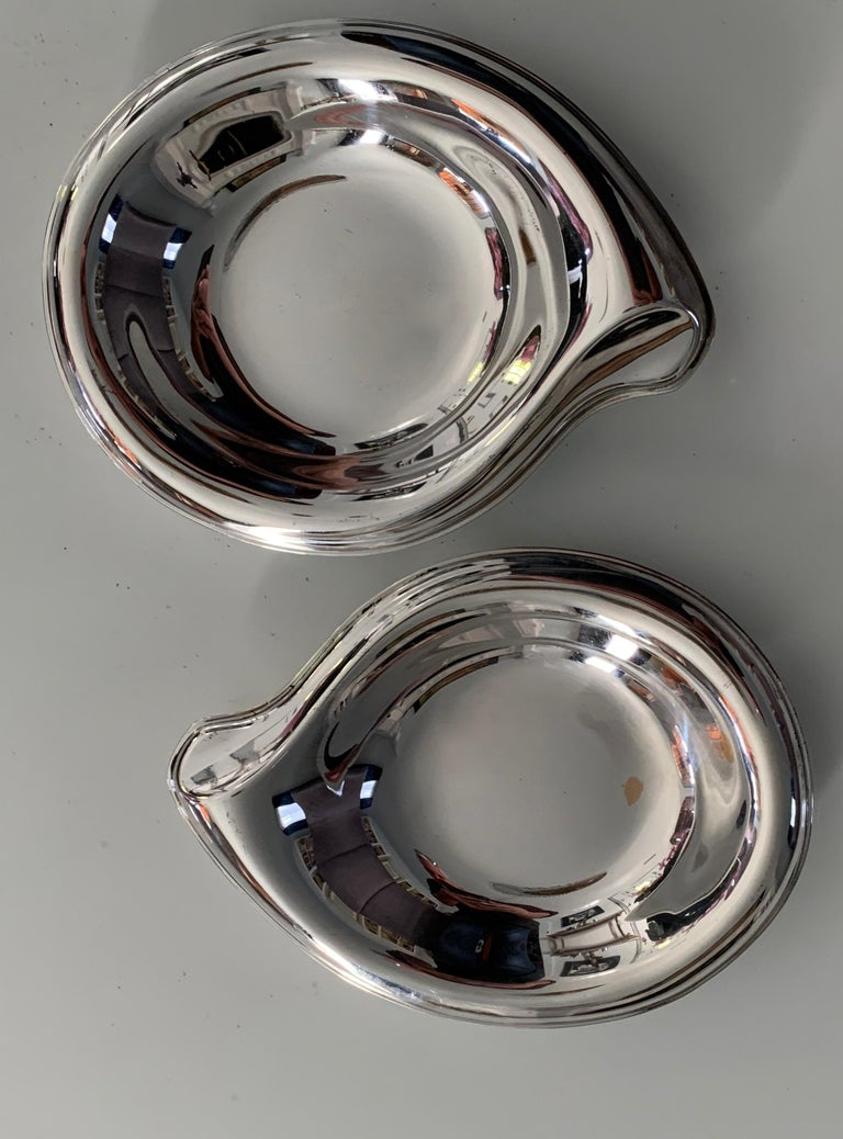 Mid-Century Modern Pair of Silver Plate Soap or Candy Dishes in the Manner of Elsa Peretti For Sale