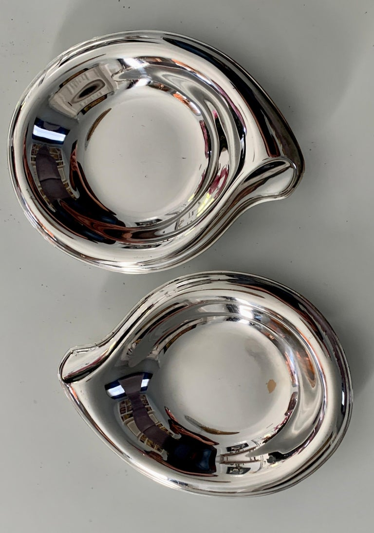 Pair of Silver Plate Soap or Candy Dishes in the Manner of Elsa Peretti In Good Condition For Sale In Los Angeles, CA