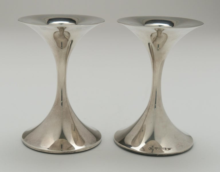 "Pair of Silver ""Trumpetti"" Candlesticks Model TW 284, Designed by Tapio Wirkkala In Good Condition In EL Waalre, NL"
