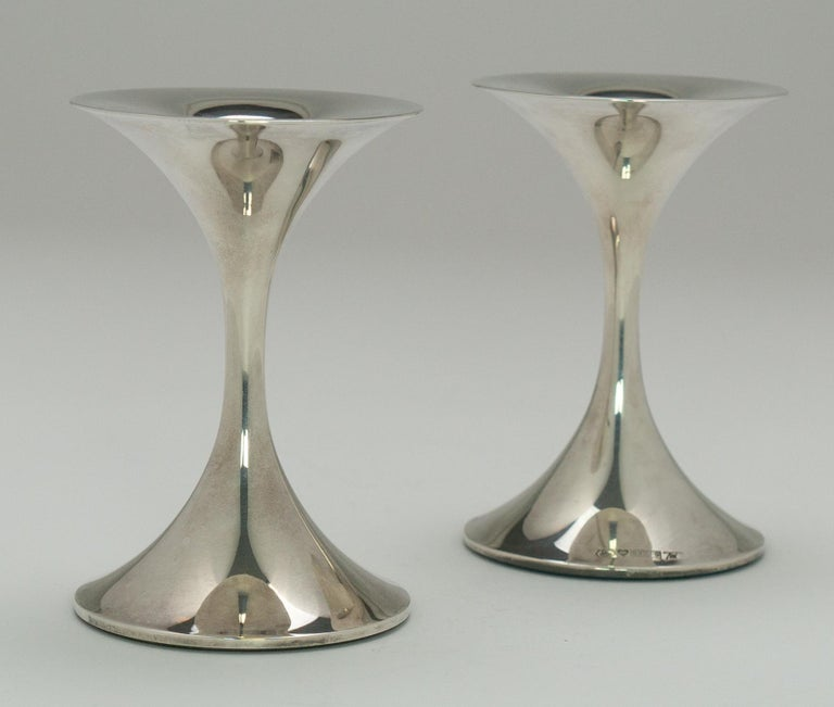 "Modern Pair of Silver ""Trumpetti"" Candlesticks Model TW 284, Designed by Tapio Wirkkala"