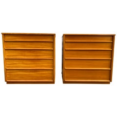 Pair of Simple Mid-Century Modern Blonde Maple 5-Drawer Dressers