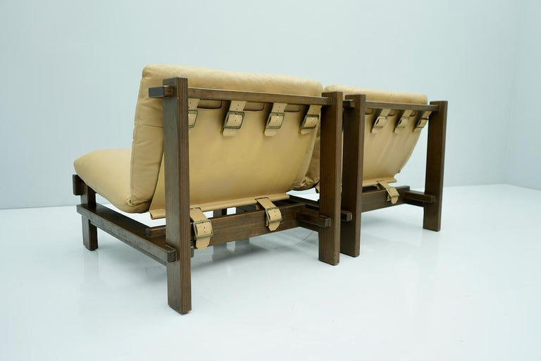 Danish Pair of Slipper Chairs, Carl Straub Denmark 1960s in Oak and Light Brown Leather For Sale