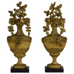Pair of Small 18-19th Century French Carved Giltwood Neoclassical Vase Ornaments