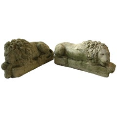 Pair of Small 1960s Concrete Lions