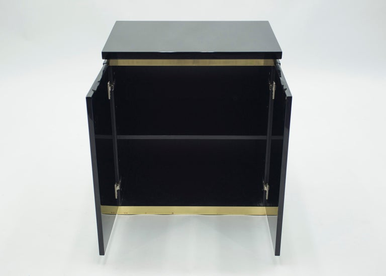 Pair of Small Black Lacquer Cabinets Nightstands by J.C. Mahey, 1970s For Sale 1
