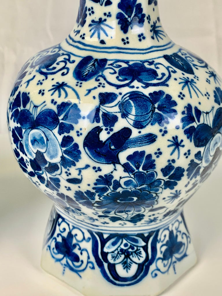 Hand-Painted Pair of Small Blue and White Dutch Delft Vases Made, 18th Century circa 1760 For Sale