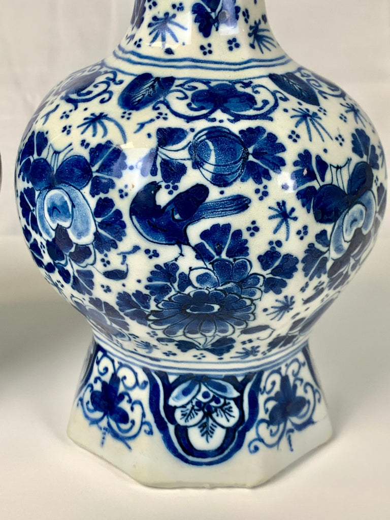 Pair of Small Blue and White Dutch Delft Vases Made, 18th Century circa 1760 In Good Condition For Sale In Katonah, NY