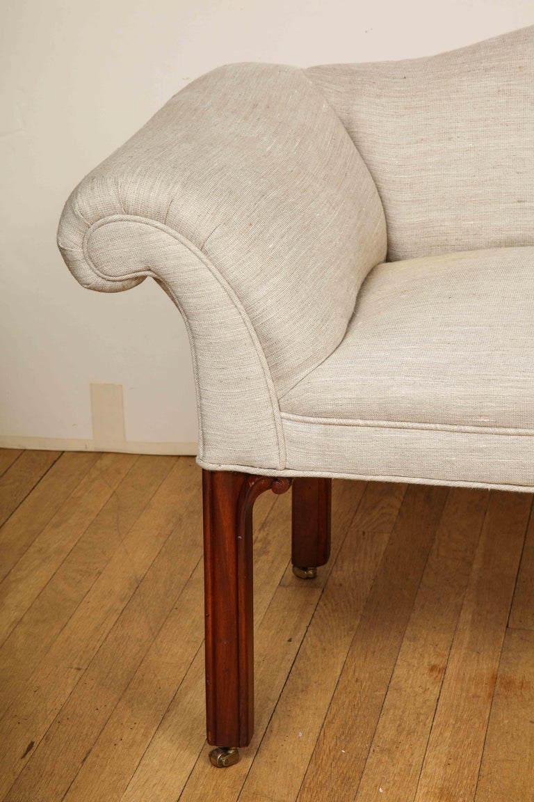Pair of Small Camelback Benches In Excellent Condition For Sale In New York, NY