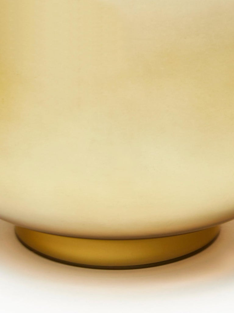 Mid-Century Modern Pair of Small Gold Glass Table Lamps For Sale
