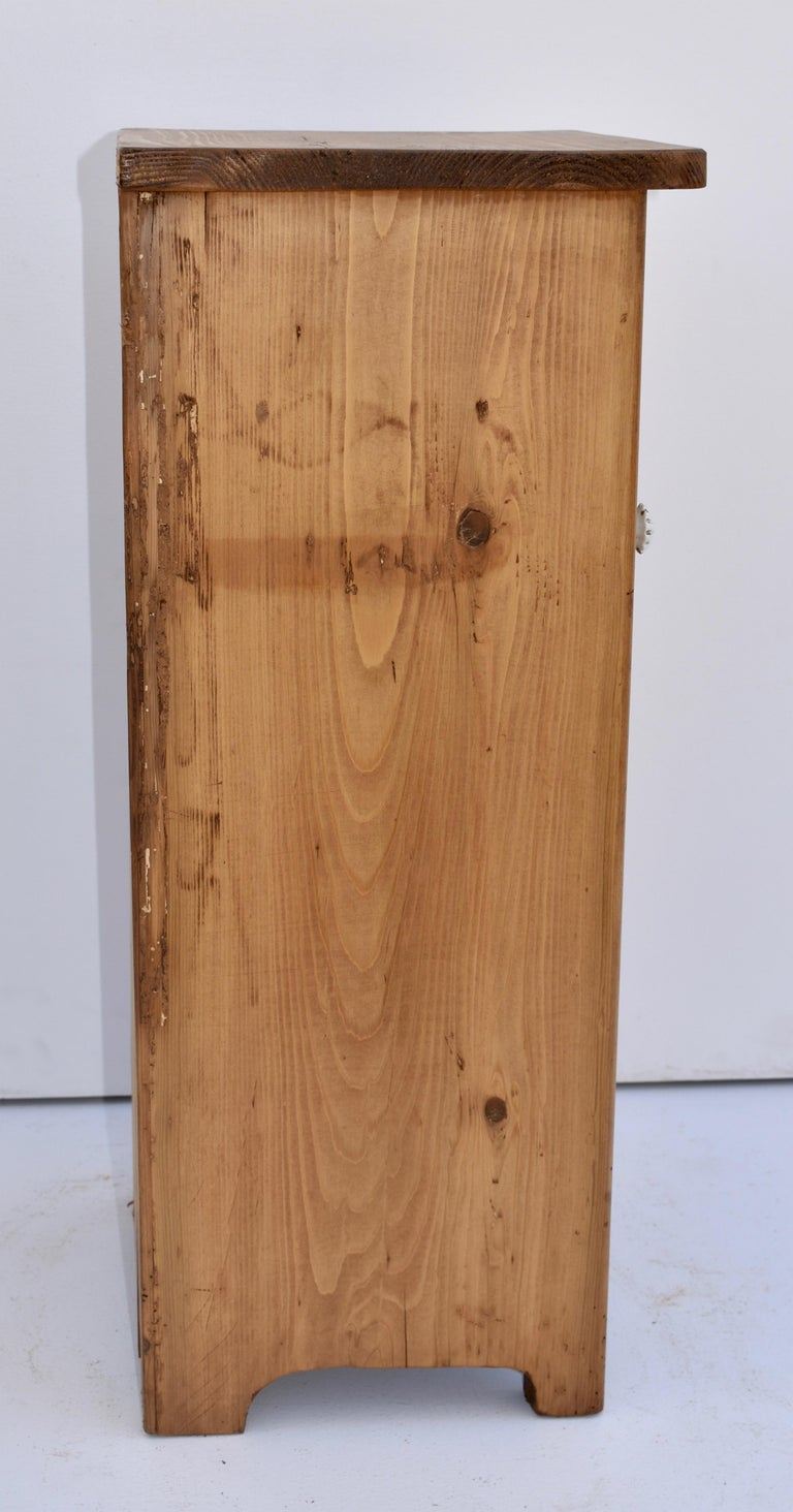 Pair of Small Pine Nightstands For Sale 3