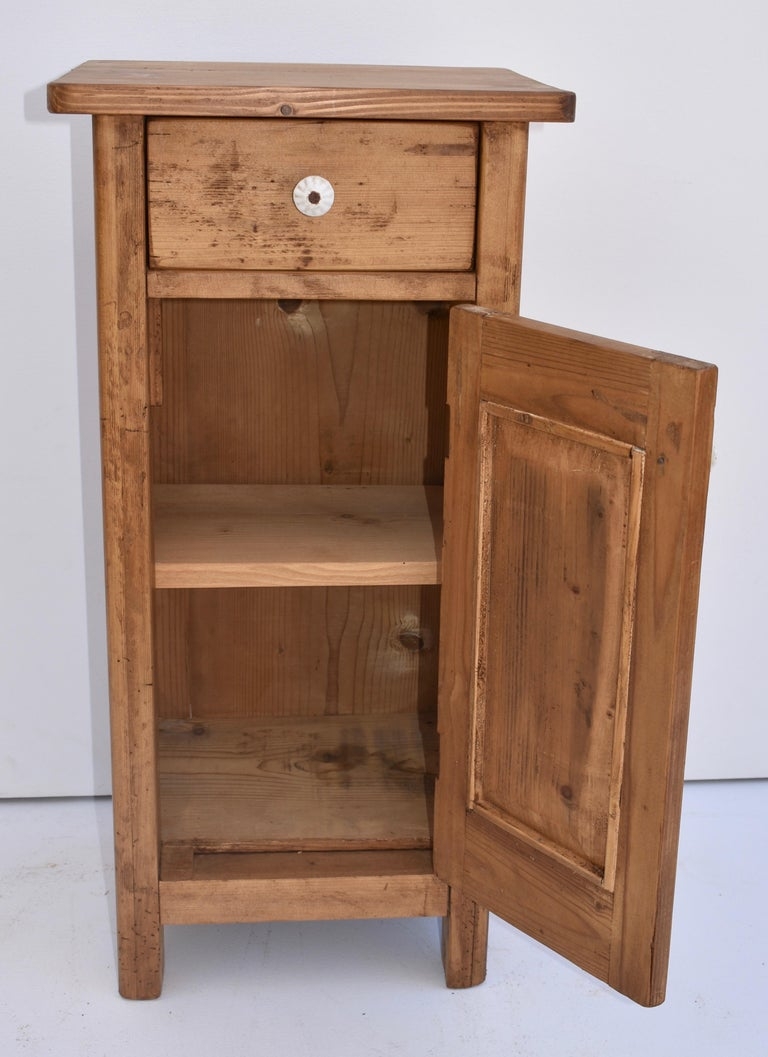 Pair of Small Pine Nightstands For Sale 1