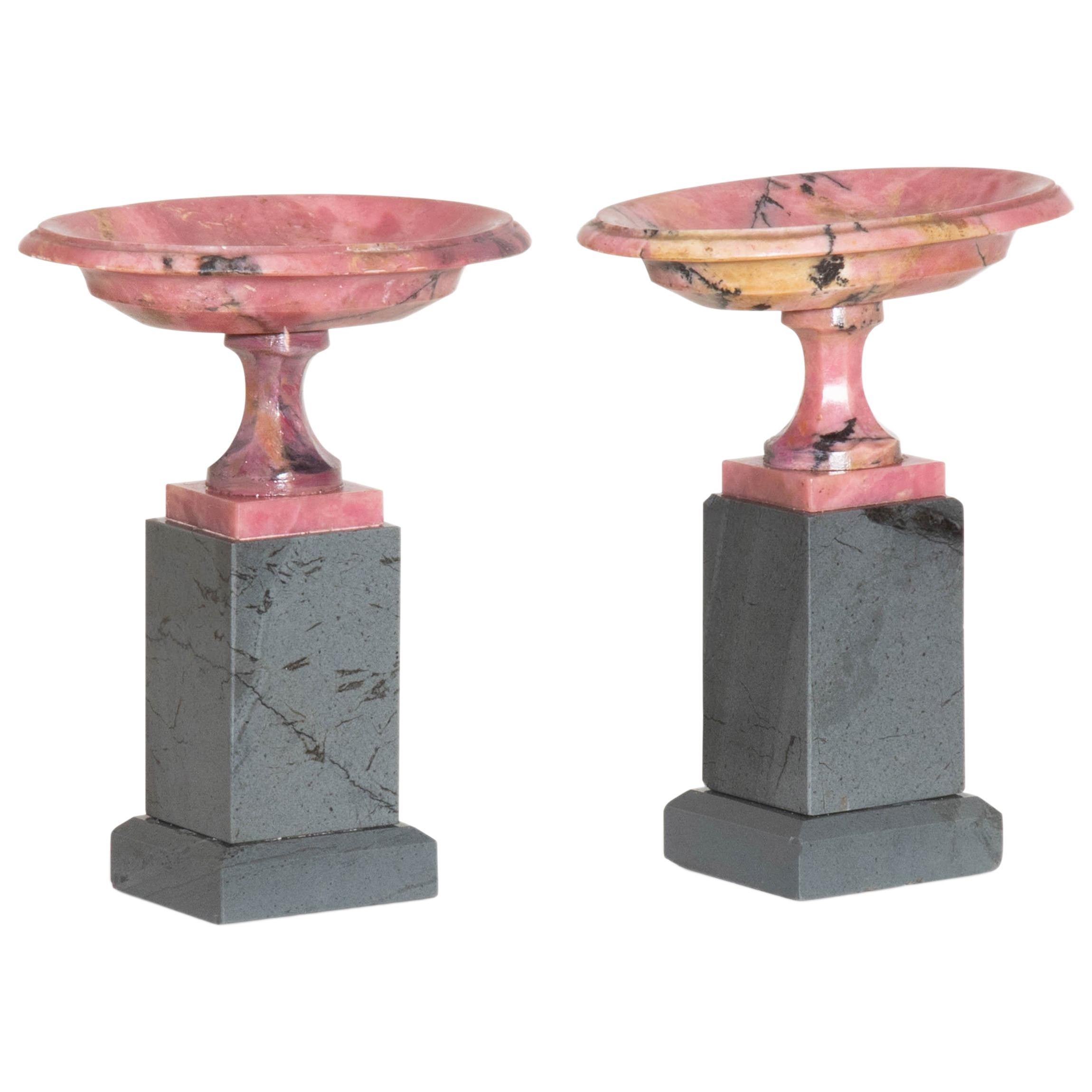 Pair of Small Rhodonite Tazzas, Russia, First Half of the 19th Century