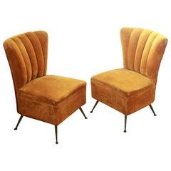Pair of Small Scallop Chairs, Brass Cast Feet Original Velvet, Casa E Giardino